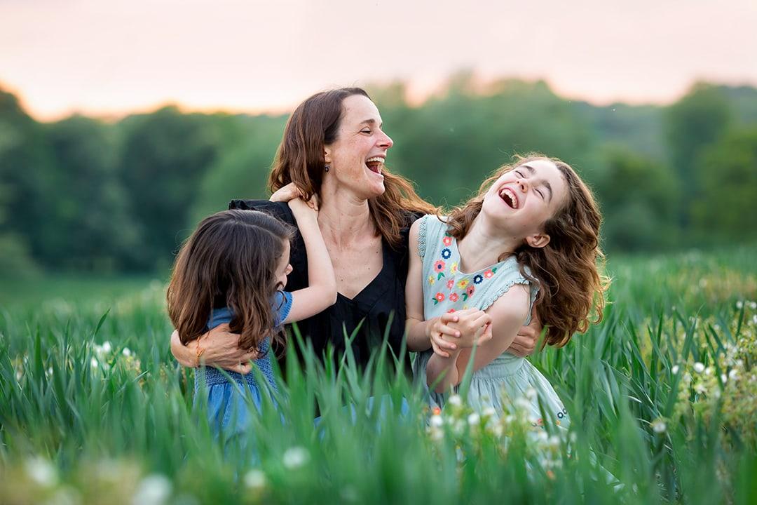 socially distanced family photo shoot